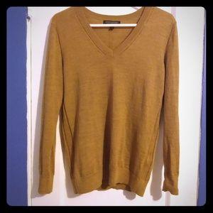 Banana Republic V-neck 100% merino wool sweater